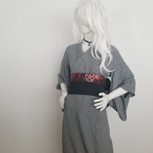 Checkered kimono and obi (belt)